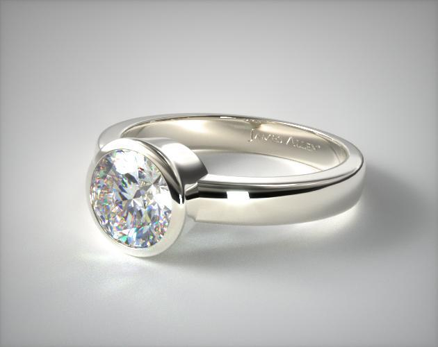 18K White Gold Bezel Set Round Shaped Diamond Solitaire Ring
