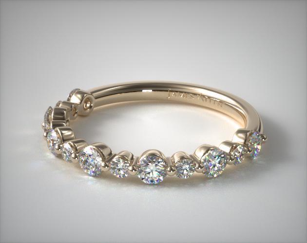 18K Yellow Gold Shared Prong Alternating Diamond Ring