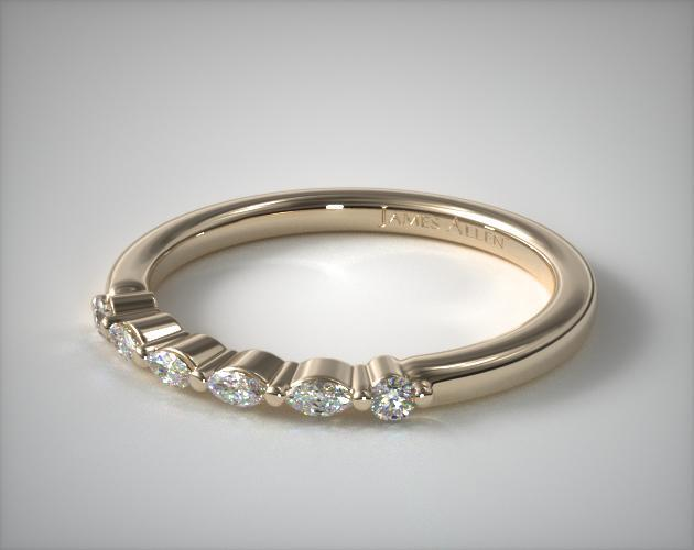 14K Yellow Gold Marquise and Round Diamond Ring
