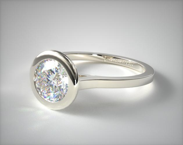 18K White Gold Bezel Solitaire Engagement Ring (Round Center)