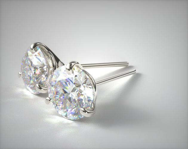 18K White Gold Three Prong Martini Round Brilliant Diamond Earrings (0.75 CTW.)