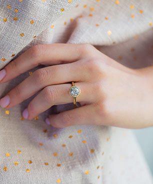 f7285fef07850 Halo Engagement Rings | JamesAllen.com