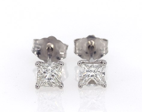 14K White Gold Princess Cut Diamond Earrings (.60 CTW.)