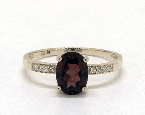 14K Yellow Gold Garnet and Diamond Pave Birthstone Ring (8.0x6.0mm)