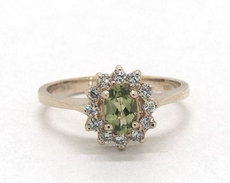 14K Yellow Gold Oval Halo Peridot and Diamond Ring (6.0x4.0mm)