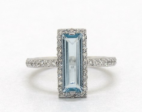 14K White Gold Sky Blue Topaz and Diamond Halo Geometric Cocktail Ring (12.0x4.0mm)