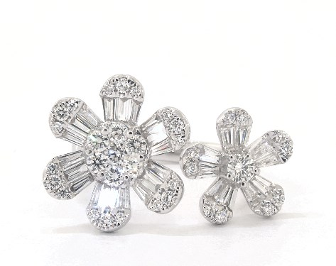 14K White Gold Open Flower Diamond Ring