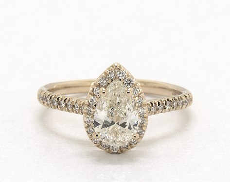 f0659f15c8b9 Pear Shaped Diamond Engagement Rings