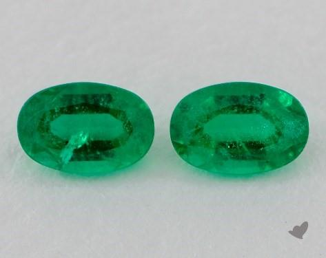 <b>0.75</b> Total Carat Weight Oval Natural Green Emeralds